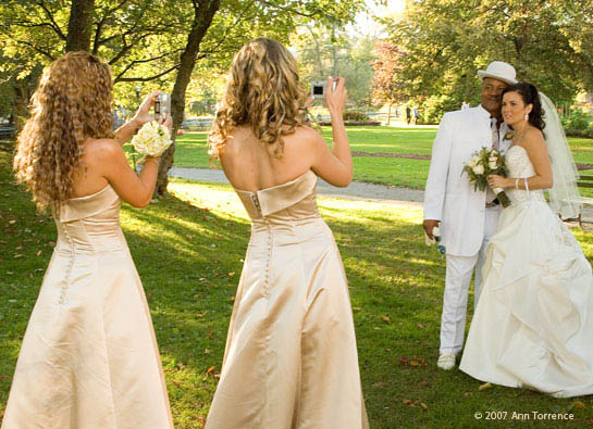 bride and bridesmaids at public gardens in Halifax Nova Scotia