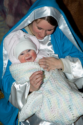 live nativity LDS Utah Mary baby