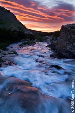 swiftcurrent creek sunrise glacier national park