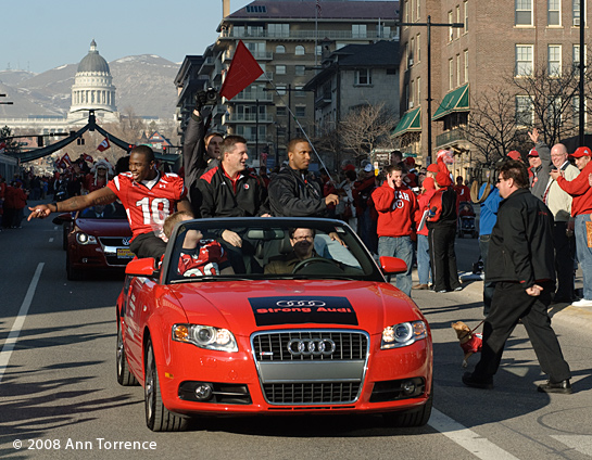 Victory parade for 13-0 Utah Utes football team