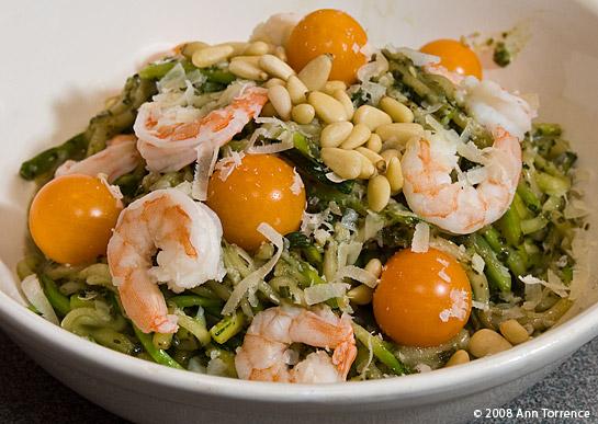 zucchini pasta pesto grated zucchine pasta substitute recipe