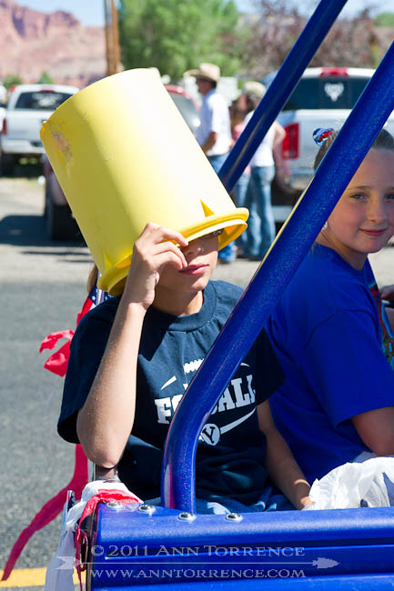 Bucket of shade, 2011 Apple days parade