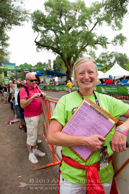 Volunteers were everywhere, doing jobs from stocking lavatories with sanitizer to directing parking to helping out in the VIP tents. Someone issued Tina a clipboard, so she must have been doing something important.